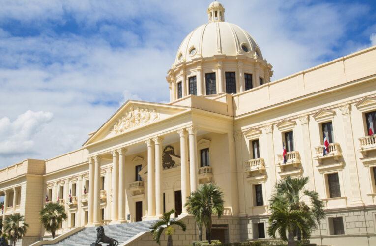 Decreto: Gobierno establece plan de austeridad y racionamiento del gasto público