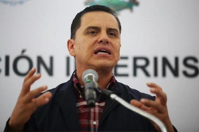 «Amarran» a exgobernador mexicano acusado de corrupción