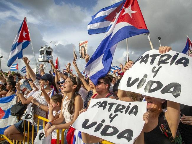 La SIP pide medidas cautelares «urgentes» a favor de tres periodistas cubanos
