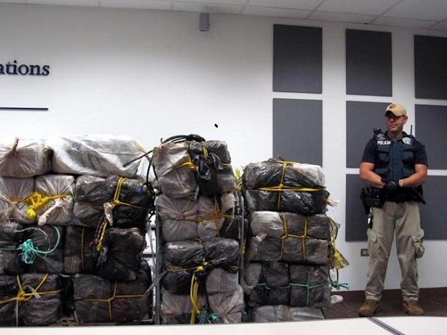 Incautan más de 460 kilos de cocaína en ferry de Santo Domingo a Puerto Rico
